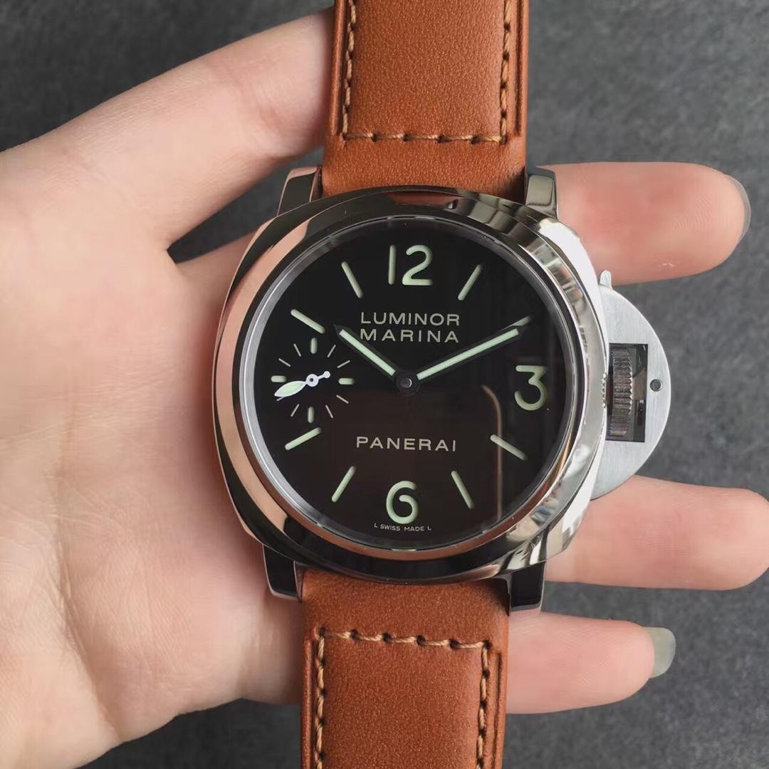 Panerai Luminor Marina PAM 111 Replica