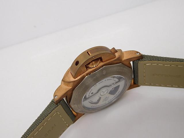 Panerai PAM 382 Bronzo Crown