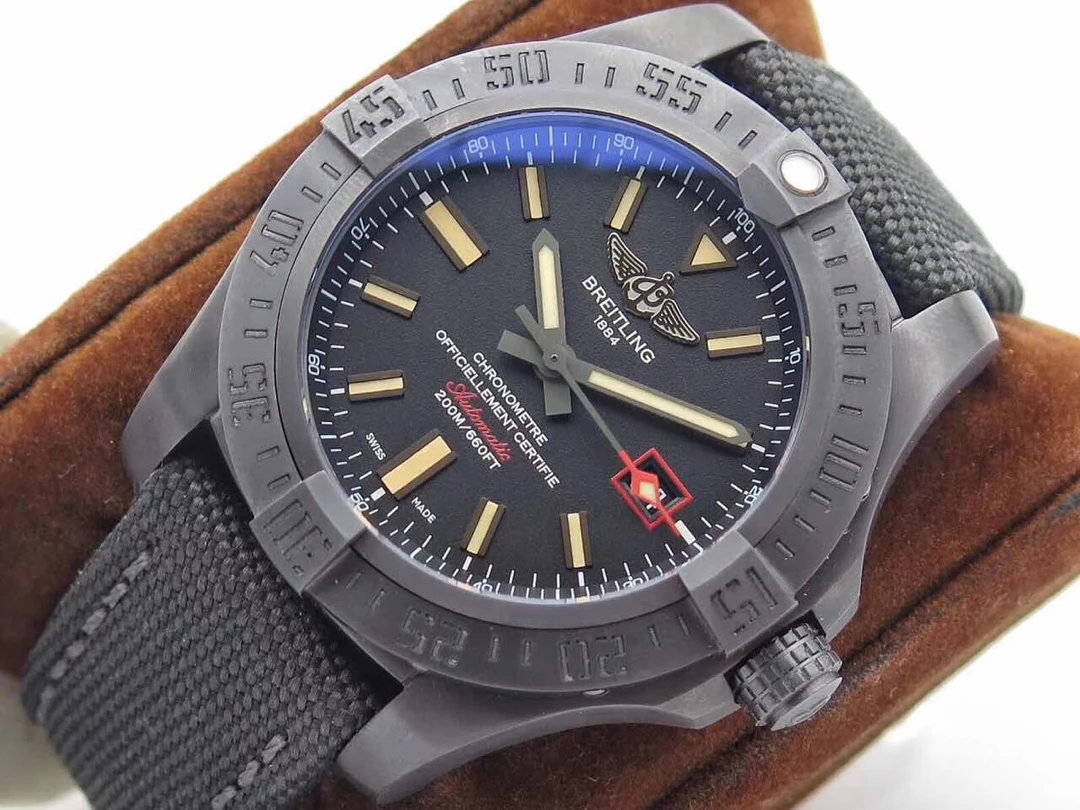 Replica Breitling Blackbird Titanium Watch