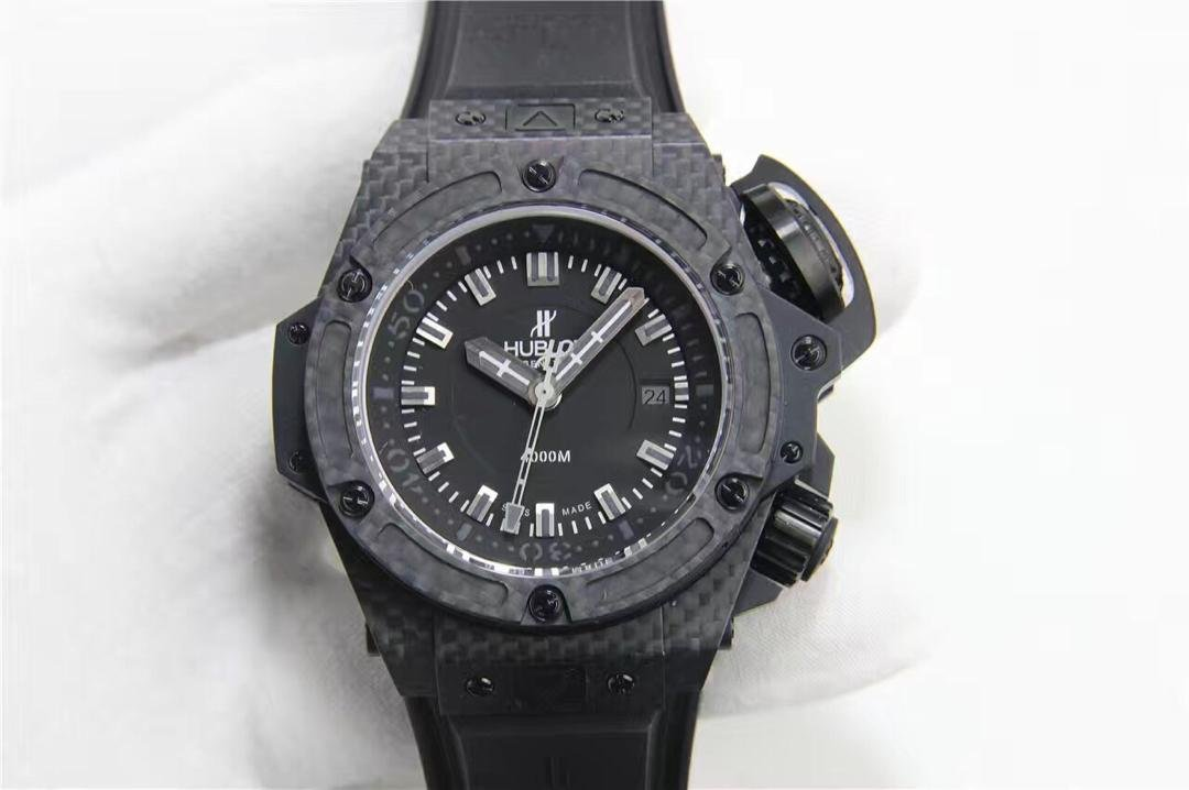 Replica Hublot King Power 4000M