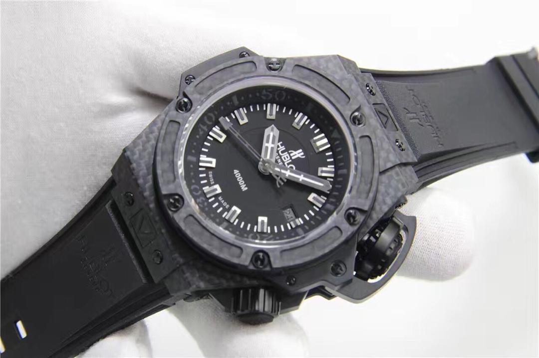 Replica Hublot King Power Carbon Fiber