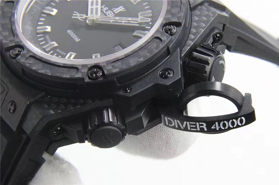Replica Hublot King Power Diver 4000