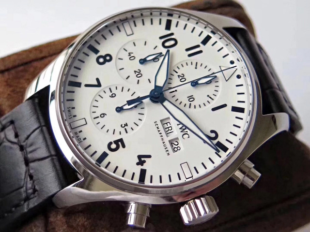 Replica IWC Pilot 43mm Case