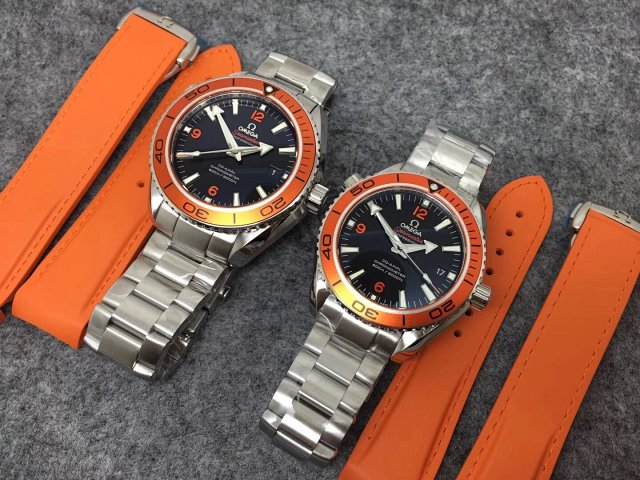 VS Factory Replica Omega Planet Ocean 600m Orange Watch with Super Clone 8500 Free Orange Rubber Strap