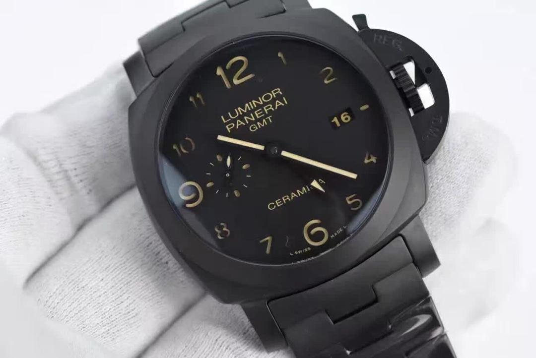 Replica Panerai Luminor GMT Ceramica