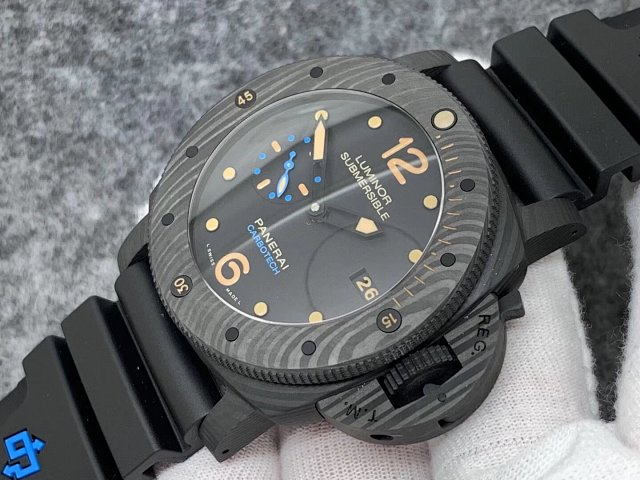 Replica Panerai Luminor Submersible PAM 616