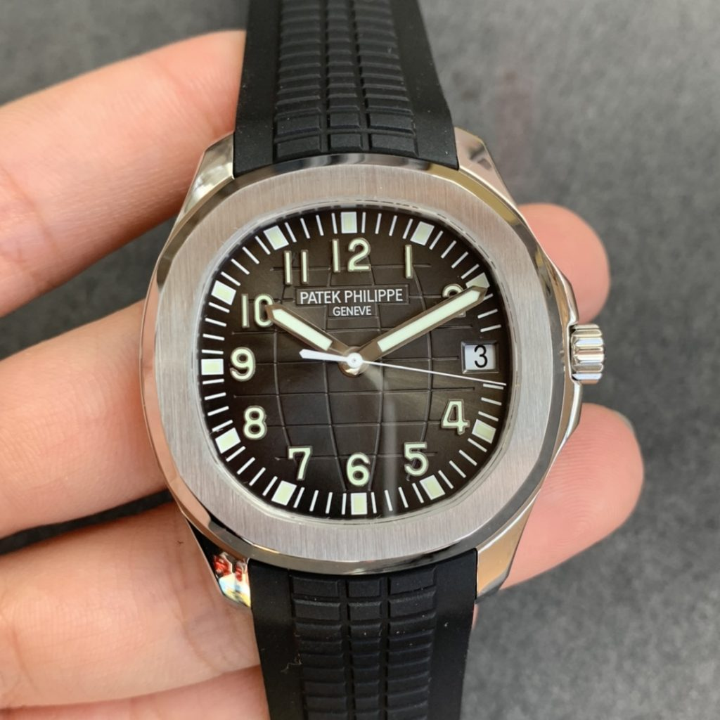Replica Patek Philippe Aquanaut Black