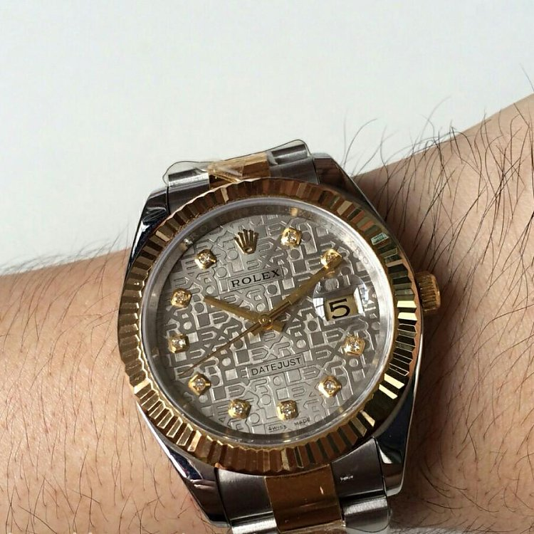 Replica Rolex 41mm Datejust Wrist Shot