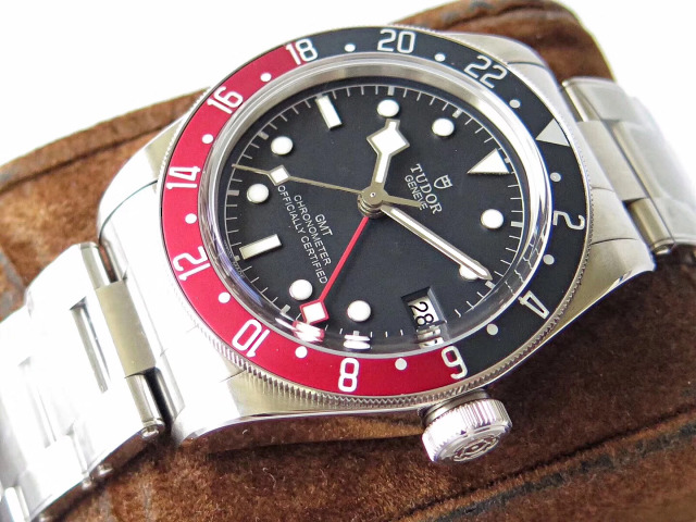 Tudor Black Bay Crown